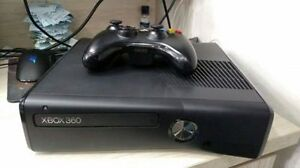 4GB XBOX 360 SLIM INCLUDES CONTROLLER + GTA 4 LIBERTY STORIES