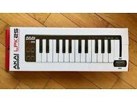 AKAI LPK25 MIDI Keyboard - Boxed Perfect Condition