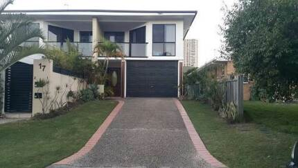 [surfers]looking for 2 or 3 person Surfers Paradise Gold Coast City Preview