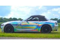 BMW Z4 2.0 SE Roadster in holographic silver