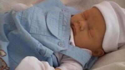 REBORN BABY DOLL NEW BORN BABY BOY LIFE LIKE CHILD FRIENDLY NOW A PLAY DOLL !!