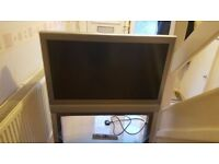 TOSHIBA LCD COLOUR TV 37 INCH HD WITH STAND and slim xbox