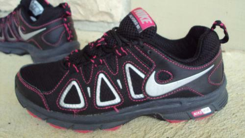 Under Armour Black Hot Pink womens Running Shoes Size 7.5   518