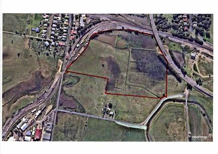 32 Acres in town!