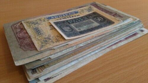 Hungary - Forint Korona Pengo..collection lot of 70 banknote
