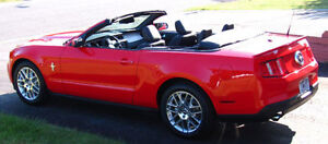 2012 RED MUSTANG CONVERTIBLE ONLY 18,500 KMS WINTER STORED!!!