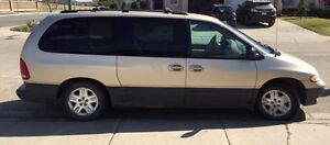 1998 Dodge Grand Caravan Minivan, Van