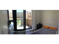 Are you looking for a Room in London? Need a room to rent Asap? Contact me!!!