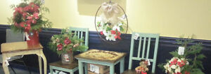Shabby Chic Furniture & Christmas Accessories Cornwall Ontario image 1