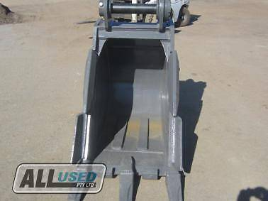 AU 650mm WIDE TRENCHING BUCKET WITH TEETH AND SIDE CUT (80TRENCH) Dandenong South Greater Dandenong Preview