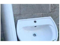 Free sink and pedestal