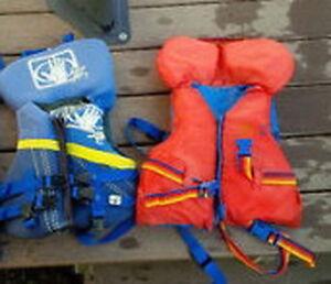 Child Life Jacket / Veste de Sauvetage pour enfant Gatineau Ottawa / Gatineau Area image 1