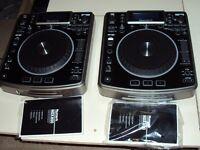 Dj set up 2 x numark ndx 800 with mixer and timecode soundcard