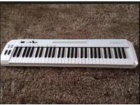 Samson Carbon 61 | MIDI Keyboard Controller