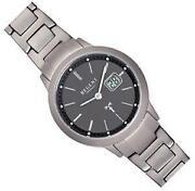 Titan Uhr