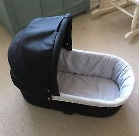 Mamas and papas solo carrycot