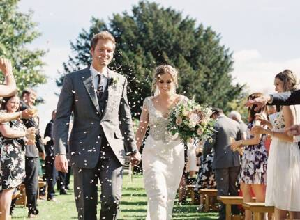 Lavishing Love - Budget Melbourne Wedding Photographer