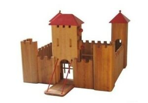 Wooden Schlingl Castle with 30 medeival figurines
