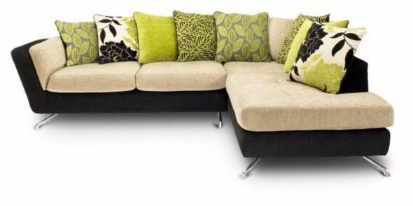Corner Sofa With Scatter Cushions £250 Furniture Village