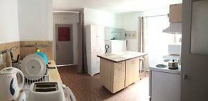 Room rental, all included/ Chambre à louer, tout inclu