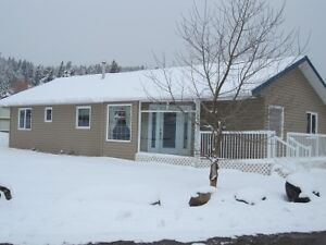 3 BDRM, 2 BATHROOM HOME FOR RENT IN CROWSNEST PASS, AB