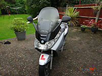 Piaggio x8 2007 125cc scooter- low mileage, new exhaust
