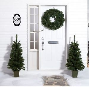 WHOLE HOME Pre-Lit Christmas 4' Trees and Wreath Set for Porch o