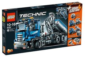 LEGO 8052 Technic Container Truck New/Sealed Free US Shipping Set Retired