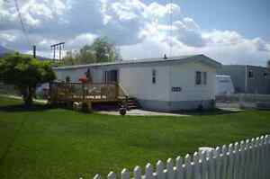 ScottMcDowell.ca - 20 Min to Kamloops; 2 Bed Home on Large Lot