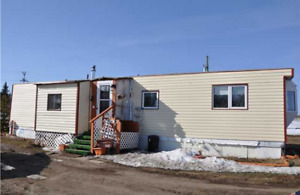 VACANT AVAILABLE NOW On 1 Acers 1 BDR +Den Mobile home for rent