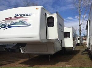 IN SEARCH OF Montana 5th Wheel 25-34'
