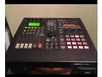 Roland sp808 sampler with zipdiscs dvd manual and psu