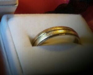 tapered 10k Gold band