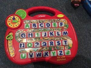 Jeu ma ville alphabet de Vtech