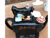 Porcelain very pretty little sewing machine teapot