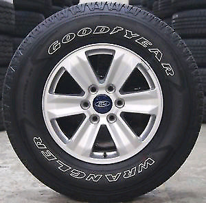 2017 Ford F150 rim and tire