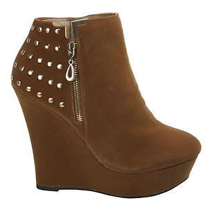 Youth Girls Ankle Wedge Boots - Size 7 Like New