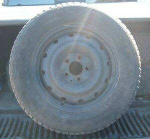 225/60/16 4- GENERAL ALTIMA ARCTIC WINTER TIRE AND RIMS