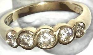 $4900 CERT INCLUDED 100%GENUINE 1.00CT SI1 DIAMONDS RING 9K GOLD Doolandella Brisbane South West Preview