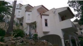 Long Term Rental - Alicante, Spain. Lovely 1bed/1bath flat in sunny resort.