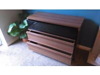 ***Reduced Sandringham three drawer chest unit