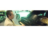Pianist for Weddings, Xmas Parties, Events, Corporate functions.