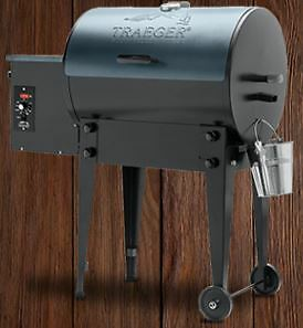 2016 Traeger Tailgater Smoker BBQ grill instock now great Price!
