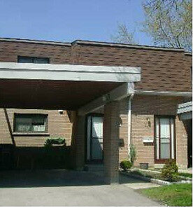 Condo Townhouse for Sale At Hwy10 & Williams Pkwy, Brampton