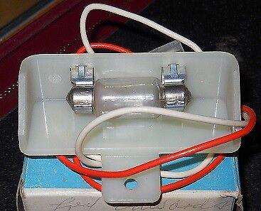 NOS 1969-70 Oldsmobile Glove Box Lamp