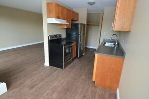Reno Large 3-bed 2-Bath with balcony Avail Now 92nd st