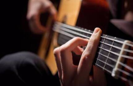 GUITAR LESSONS BEGINNERS TO ADVANCED BY QUALIFIED TEACHER (M.A.)