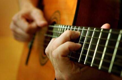 learn to solo on guitar with an easy and simple method