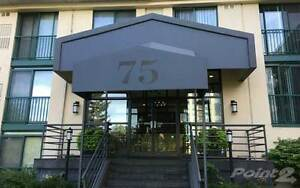 Condos for Sale in Downtown, Barrie, Ontario $289,900