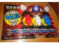 Rare ! Dr Who Pencil Set with Pencil Toppers